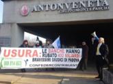 Alfredo-Belluco-manifesta-contro-Npl-e-usura-696x444.png